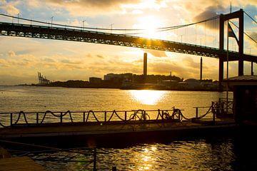 Göteborg Harbour - Älvsborg Bridge van