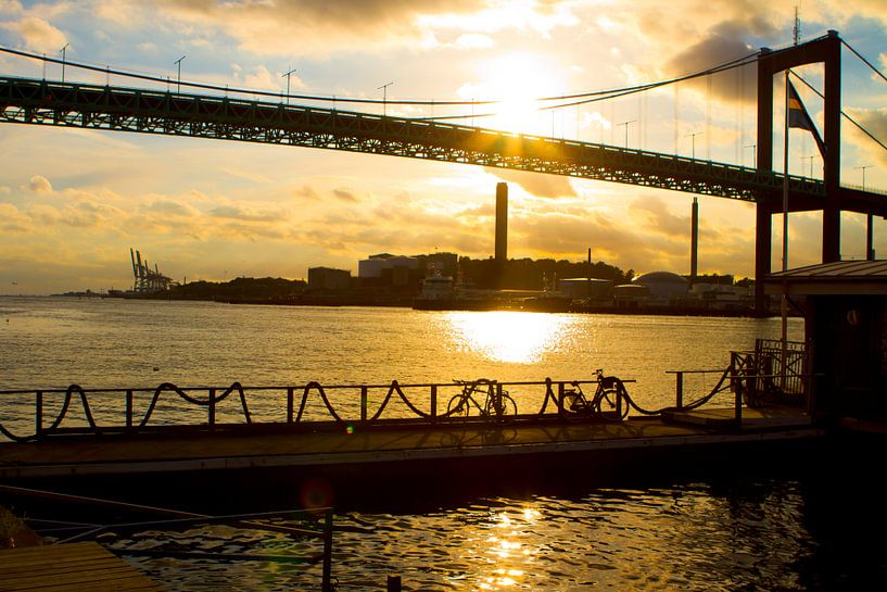 Göteborg Harbour - Älvsborg Bridge van Colin van der Bel
