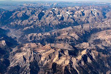 Vliegen over de Pyreneeën van Inge van den Brande