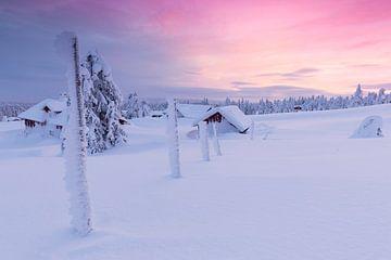 Snowbound Log Cabins at Sunset sur