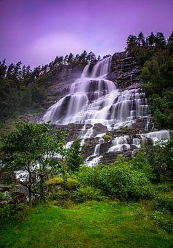 Tvindefossen waterval sur Bart Berendsen