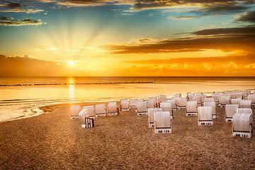 Baltische Zee - zonsopgang op het strand van Melanie Viola