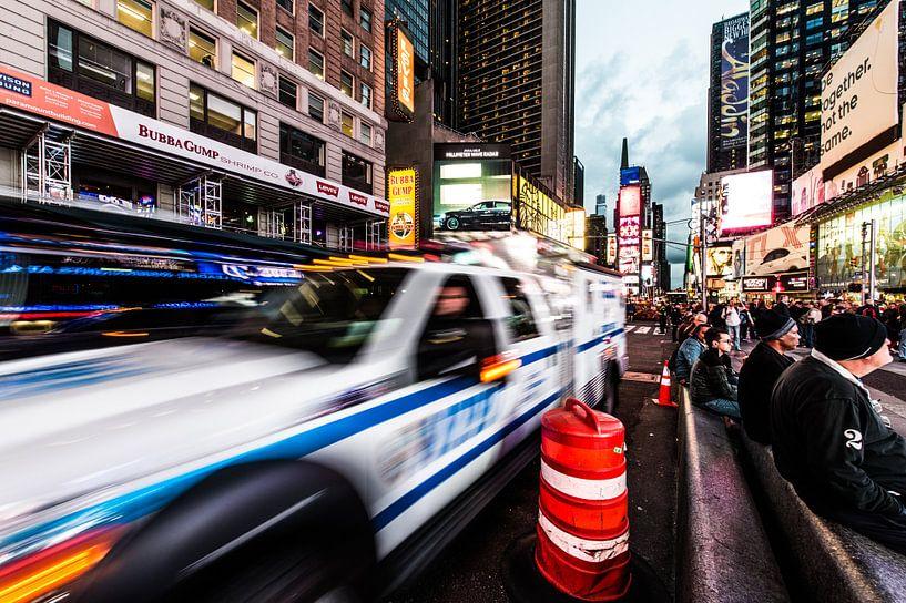 """New York  """"NYPD"""" van John Sassen"""