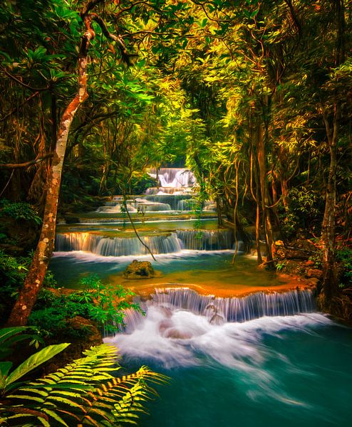 Huai Khamin Waterfall in Thailand van Niels Tichelaar