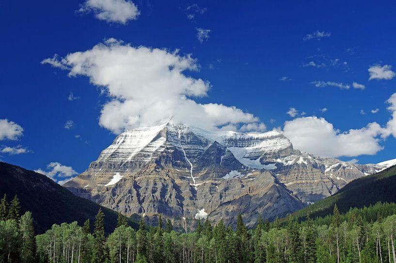 Mount Robson van Reinhard  Pantke