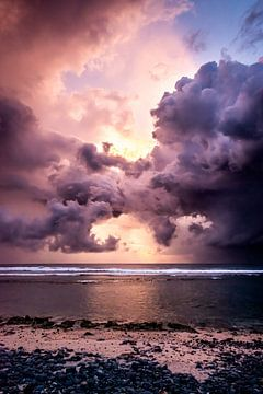 Dramatischer Sonnenuntergang von Ellis Peeters