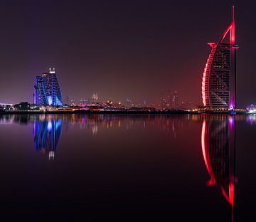 Burj al Arab and Jumeirah Beach hotel at sunset sur Rene Siebring