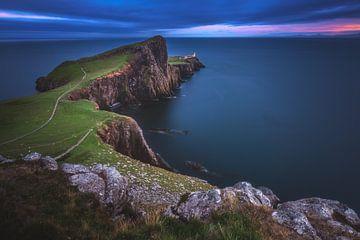 Neist Point op het Isle of Skye op het blauwe uur van Jean Claude Castor