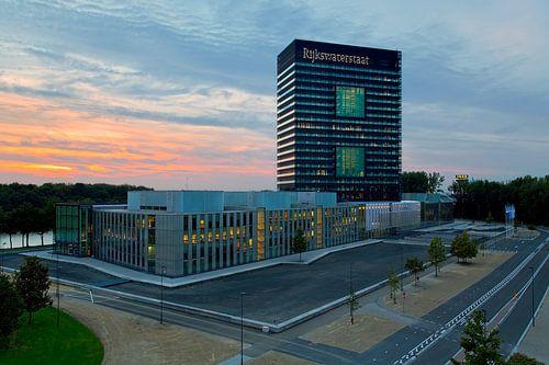 Rijkswaterstaat gebouw te Utrecht van