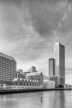 Spoorweghaven und S. van Ravesteynkade in Rotterdam - (Black & White-Version) von Tony Buijse