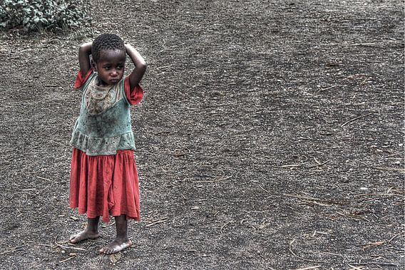 Hadzabe Girl van BL Photography