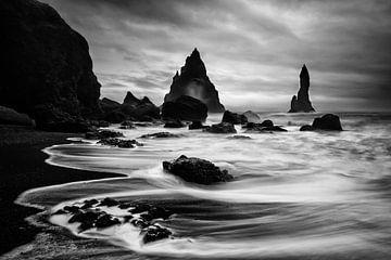 Black and white landscape Iceland sur Sander Grefte