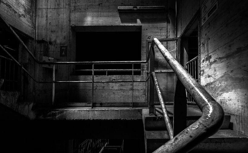 Werkstreppe monochrom von Olivier Photography