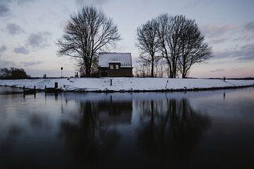 Winter day van Kim van der Weerden