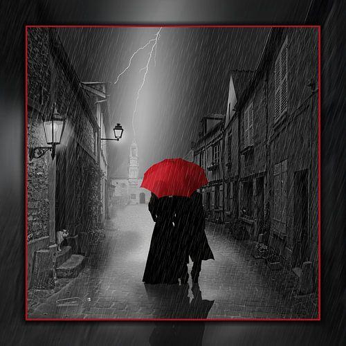 Gemeinsam unter dem roten Regenschirm von