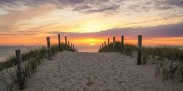 Sonnenuntergang an der Küste von Dirk van Egmond