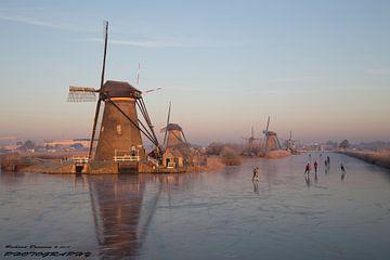 Windmills Kinderdijk van R Driessen
