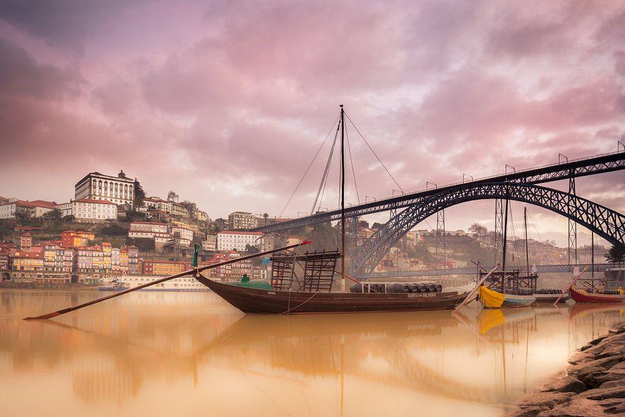 Mistig Porto van CANI Fotografie.
