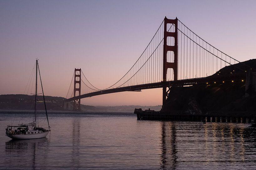 Golden Gate brug bij avond van John Faber
