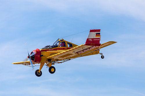 PZL-106 Kruk am Himmel