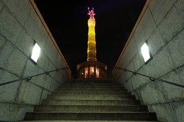 Berlin Siegessäule in besonderer Beleuchtung