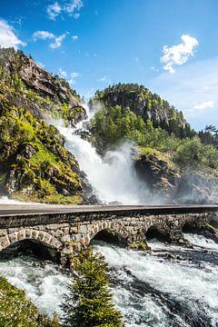 Wasserfall in Norwegen von Sander Strijdhorst