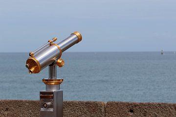 Binocular van Henk van Essen
