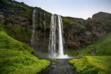 Seljalandsfoss waterval van Ab Wubben