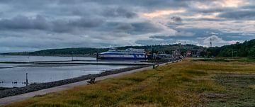 Ferry Vlieland moored at homeport (dawn) sur