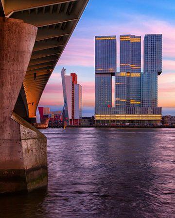 De Rotterdam bij Avond (gezien vanaf de Eramusbrug) von Paul Kampman