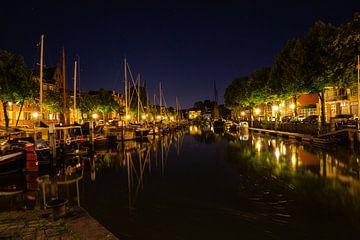 Dordrecht bij nacht van Petra Brouwer