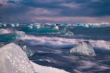 Diamant Beach bijJökulsárlón , IJsland. Landschap van Gert Hilbink