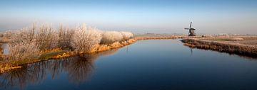 Mühlen in einer Winterlandschaft sur Peter Halma