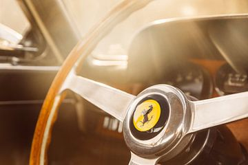 Lenkrad-Klassiker Ferrari von Willem Verstraten