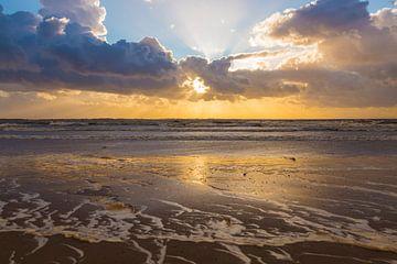 Sonnenuntergang am Meer von Compuinfoto .
