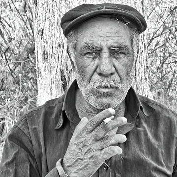 Portret van een griekse man van Hans Vos Fotografie