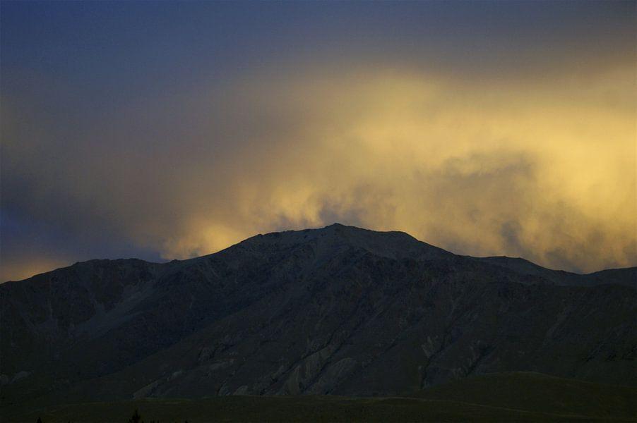 Nieuw Zeeland - southern alps sunset van Jeroen van Deel