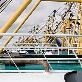 Masten van trawlers van W J Kok