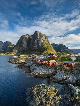 Fischerhütten in Reine II von Rainer Mirau