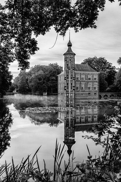 Zonsopkomst Kasteel Bouvigne Breda Zwart-Wit van JPWFoto
