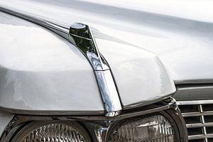 Detail van de koplampen van een klassieke Amerikaanse auto van