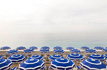 Strand von Nizza an der Cote d'Azur von Werner Dieterich
