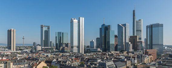 De skyline van Frankfurt in Duitsland