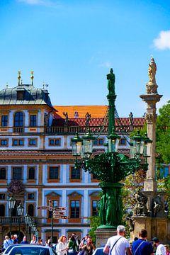 Prag - Platz der Prager Burg von Wout van den Berg