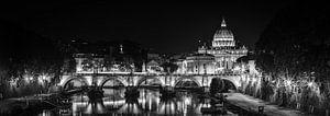 Rome - Ponte Sant'Angelo - Sint Pietersbasiliek bij nacht van