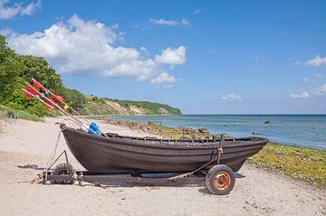 Küste am Kap Nordperd auf der Insel Rügen von Peter Eckert