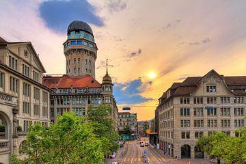 Sterrenwacht Zurich zonsondergang van Dennis van de Water