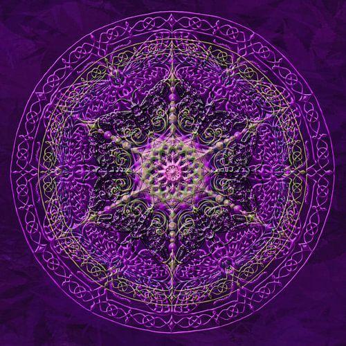 Mandala, purper met verdikte lijnen