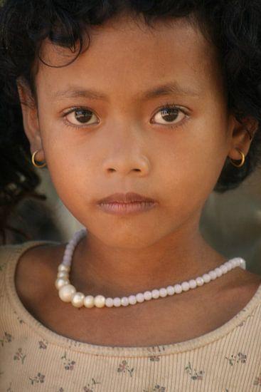 Cambodian Girl van Gert-Jan Siesling