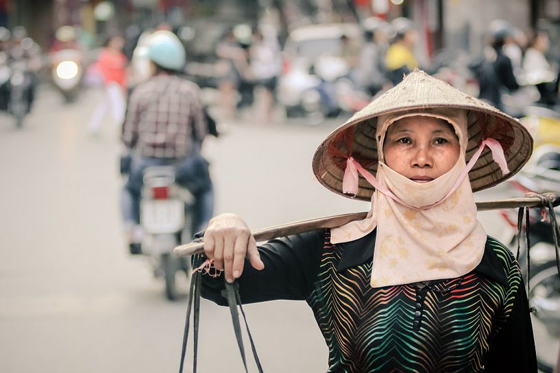 A Summary of Hanoi van Cho Tang